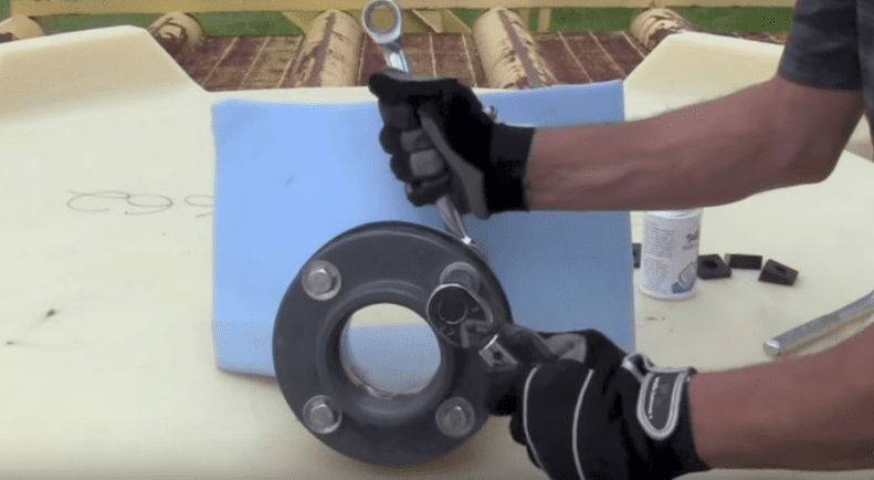 How to Install an IMFO Gasket on to a Polyethylene Tank