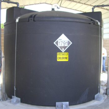 5400 SAFE-Tank Storing Sodium Hypochlorite With Fill Line and Top Discharge