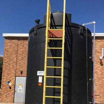 SAFE-Tank with ladder and reverse float level gauge installed